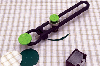 FABRIC CIRCLE CUTTERS